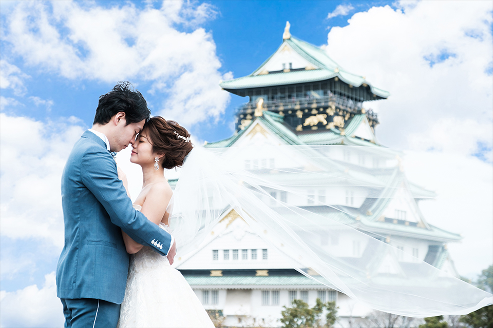 大阪城を背景にしたお二人23